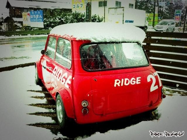 今年はよく降ります。 by RIDGE DESIGNS